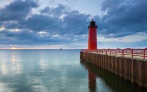Homepage - Milwaukee Dock with Lighthouse